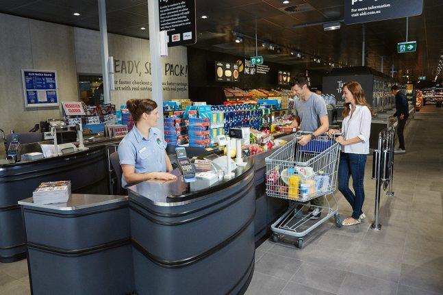 ALDI-customers