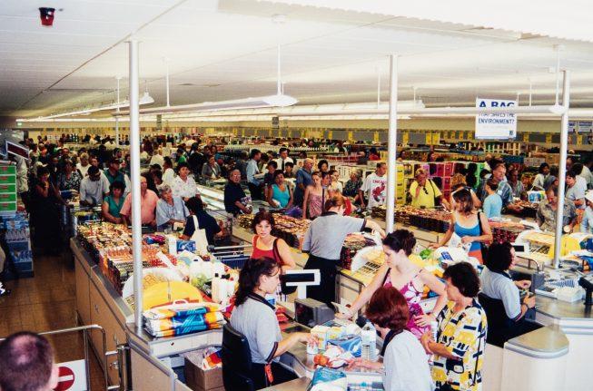 ALDI Bankstown Airport grand opening - January 2001